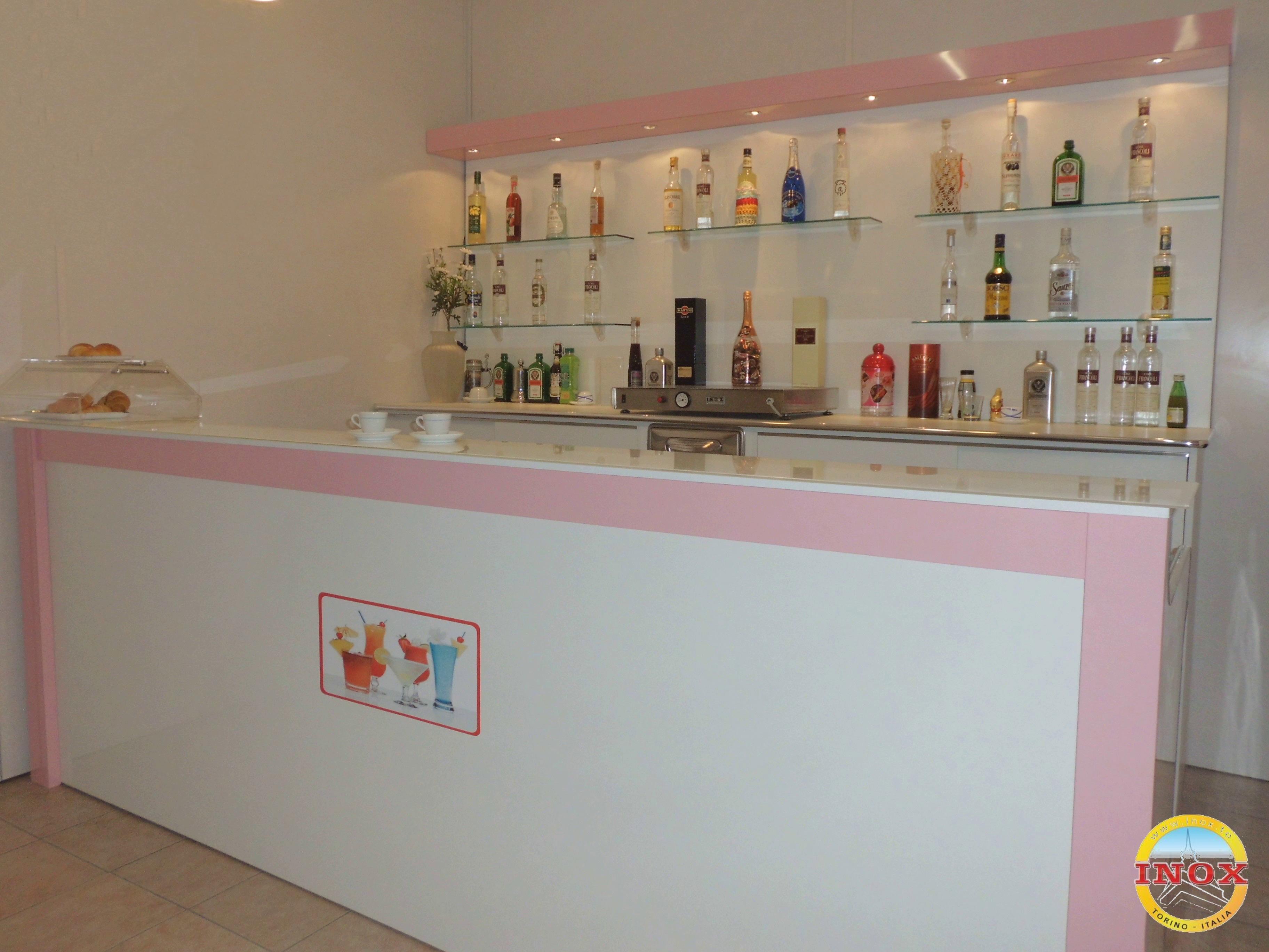 Arredamenti per bar negozi ristoranti banchi frigo for Arredo bar lecce