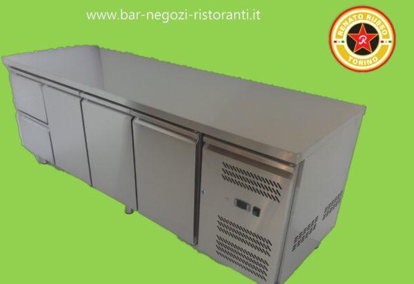 banco refrigerato con cassettiera