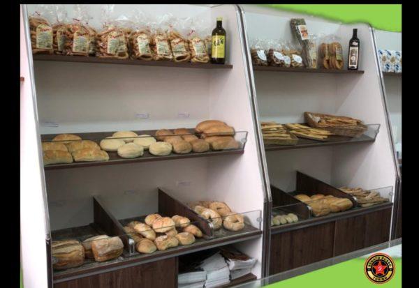 scaffali per pane