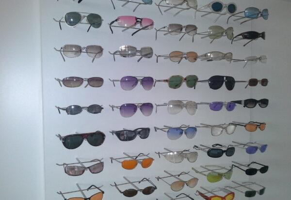 espositore per occhiali torino